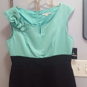 New w/tags aqua/black slim fit dress size 12